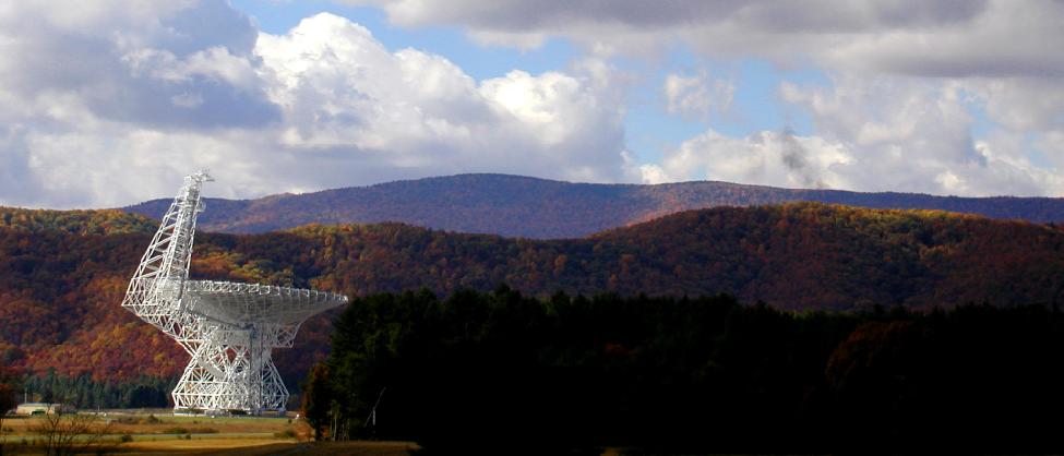 Photograph of the Robert C. Byrd radio telescope at Green Bank, West Virginia.