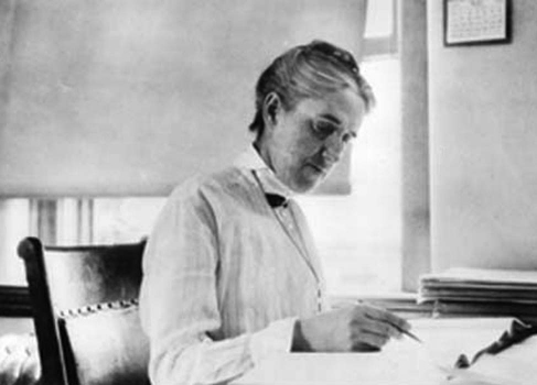 Photograph of Henrietta Swan Leavitt.